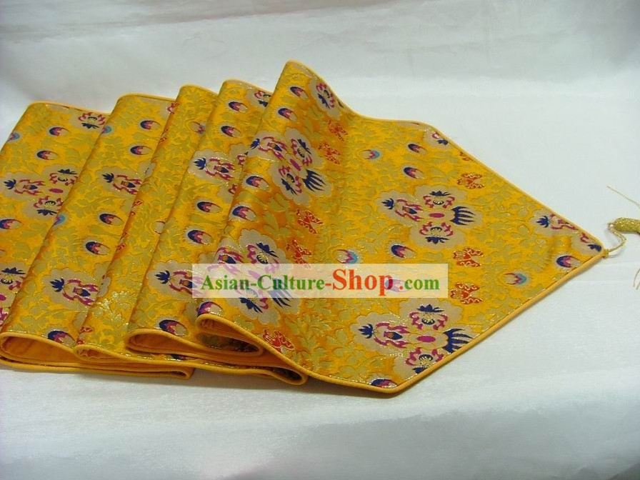 Chinese Handmade Embroidery Golden Daisy Flower Silk Table Cloth