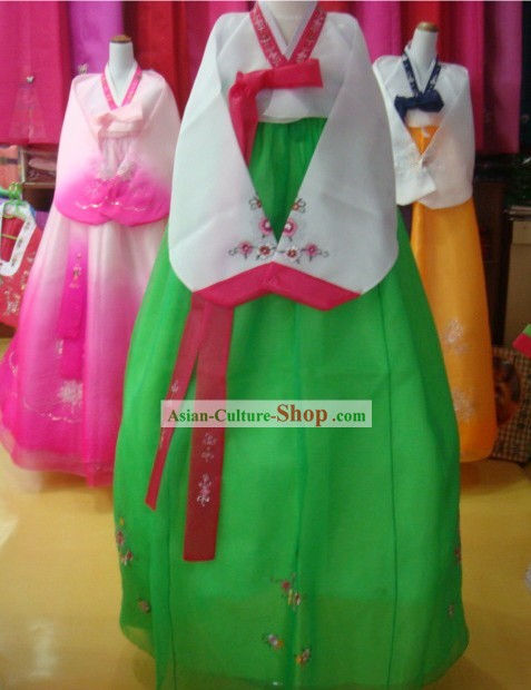Traditional Korean Hanbok Complete Set for Women (white and green)