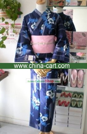 Traditional Blue Morning Glory Japanese Kimono Handbag and Geta Full Set