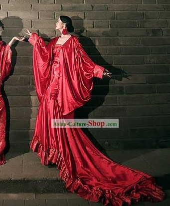 Chinese Classic Red Silk Long Tail Costumes