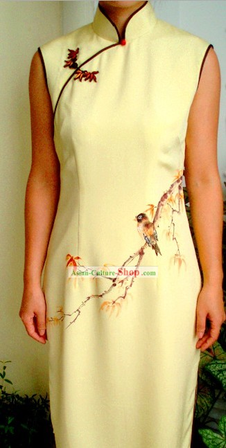 Traditional Mandarin Handmade and Painted Flower and Bird Silk Cheongsam