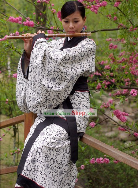 China Ancient Han Dynasty Clothing Complete Set for Women