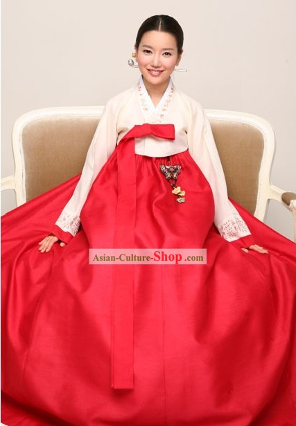 Traditional Korean Hanbok Complete Set for Women (red)