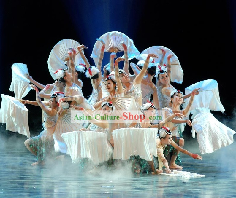 Chinese Pure White Silk Dance Fan