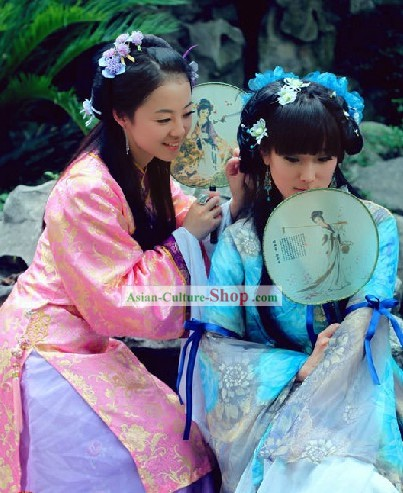 Hong Lou Meng Xue Baochai Costume and Hair Ornaments