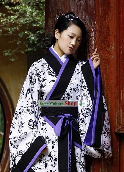 Chinese Classical Black and White Hanfu Dress for Women