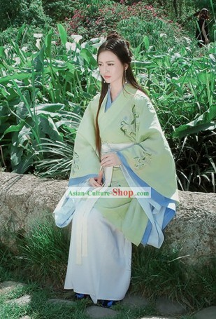 Stunning Chinese Classical Hanfu Clothing for Women