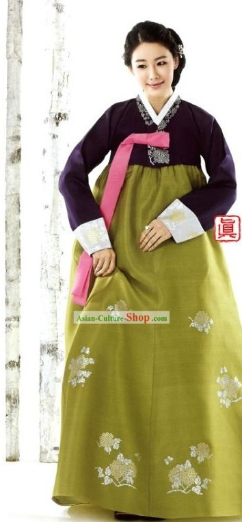 Traditional Korean Wedding Dress for Mothers