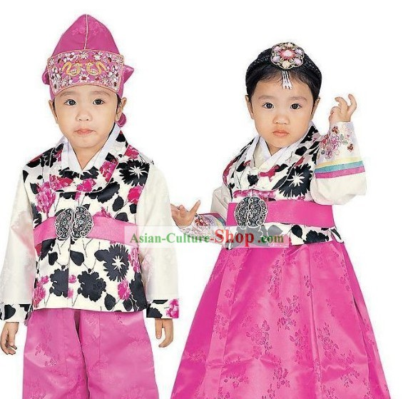 Traditional Korean Costumes 2 Sets for Kids
