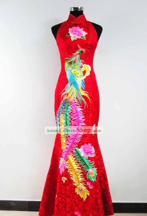 Chinese Classic Embroidered Phoenix Wedding Qipao