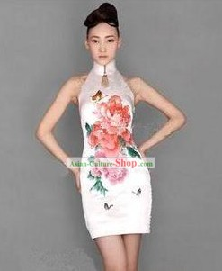 Chinese Modern Short Embroidered Peony Cheongsam