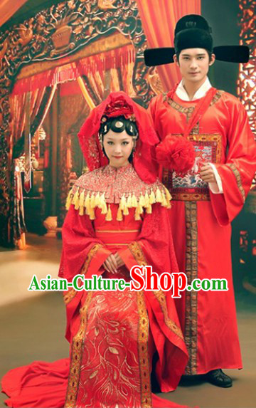 Ancient Chinese Red Wedding Dresses for Brides and Bridegrooms
