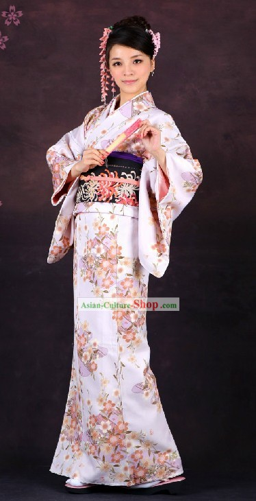 Traditional Japanese Formal Female Kimono