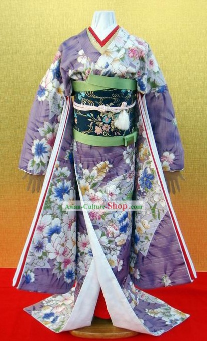 Traditional Japanese Kimono Costumes for Women