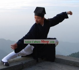 Traditional Daoist Priest Robe and Hat