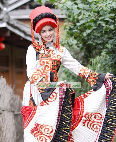 Traditional Yi Minority Women Clothing and Hat