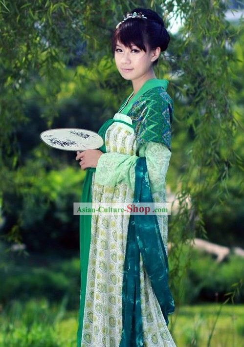 Traditional Tang Dynasty Female Clothing Complete Set