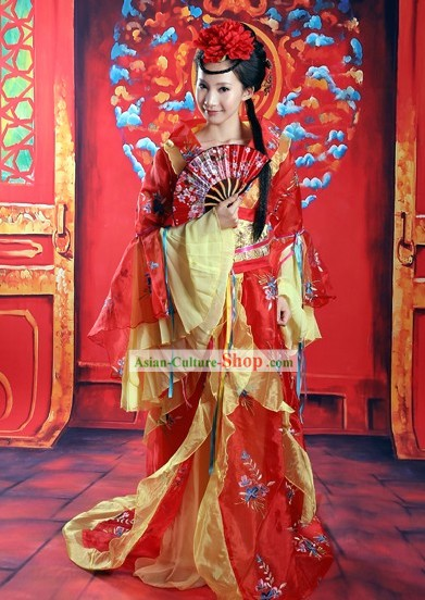 Ancient Chinese High-ranked Imperial Concubine Costume and Hair Accessories