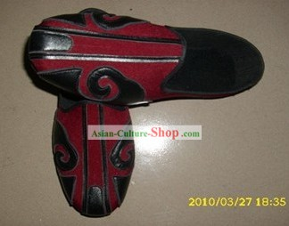 Traditional Chinese Red Taoist Cloud Shoes