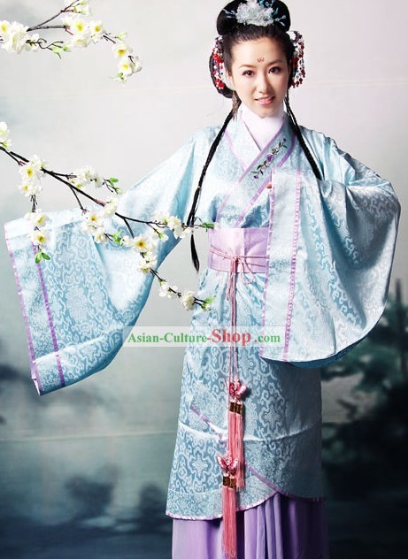 Chinese Traditional Costumes for Women