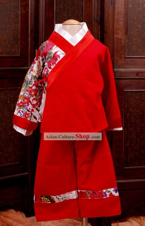 Ancient Chinese New Year Celebration Clothing for Children