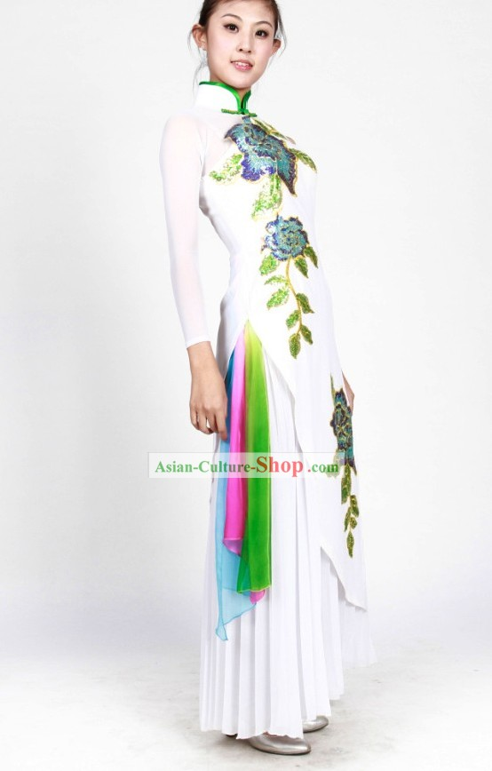 Traditional Chinese Cheongsam Dancing Costumes for Women