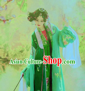 Traditional Chinese Beijing Opera Style Female Clothing and Headpiece