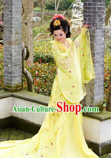 Traditional Chinese Imperial Yellow Princess Clothing