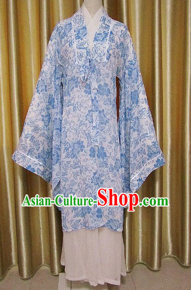 Ancient Chinese Ming Dynasty Blue Flower Female Clothing