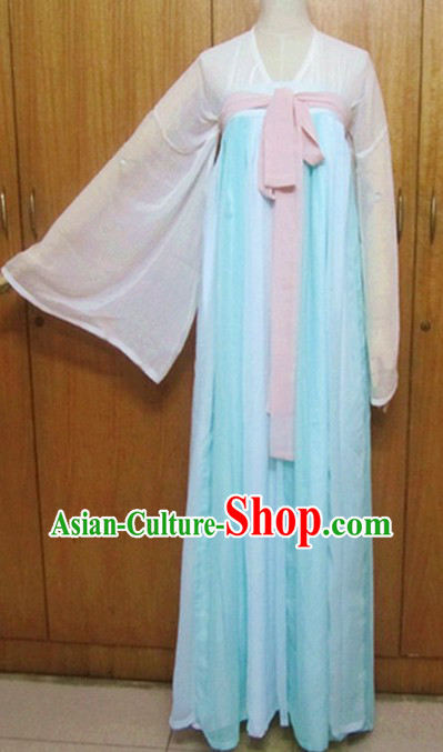 Ancient Tang Dynasty Clothing for Women
