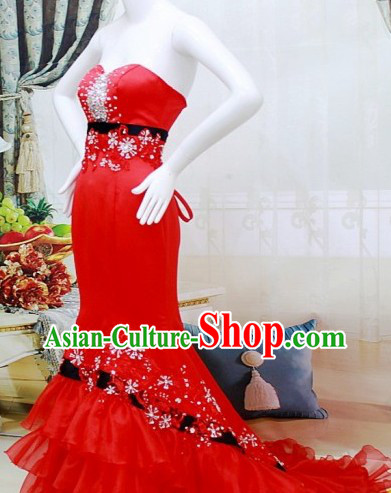Chinese Red Elegant Lucky Red Wedding Dress with Long Tail