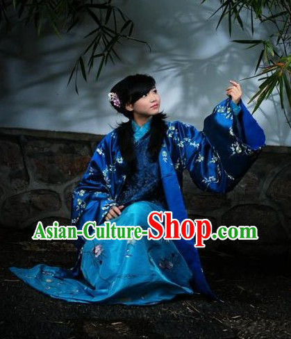 Ancient Chinese Ming Dynasty Embroidered Flower Coat and Dress Complete Set for Women