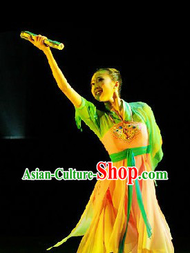 Traditional Chinese Spring Dance Costumes for Women