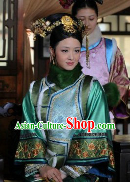 Qing Dynasty Imperial Palace Concubine Winter Jacket and Cheongsam Complete Set