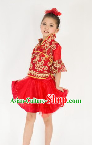 Traditional Chinese Red Mandarin Costumes for Women
