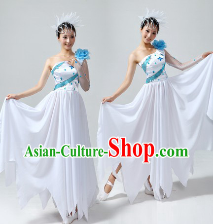 Chinese Stage Performance Choir Costumes and Headwear for Women