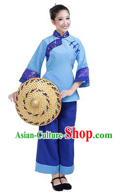 Chinese Female Farmer Costumes and Hat
