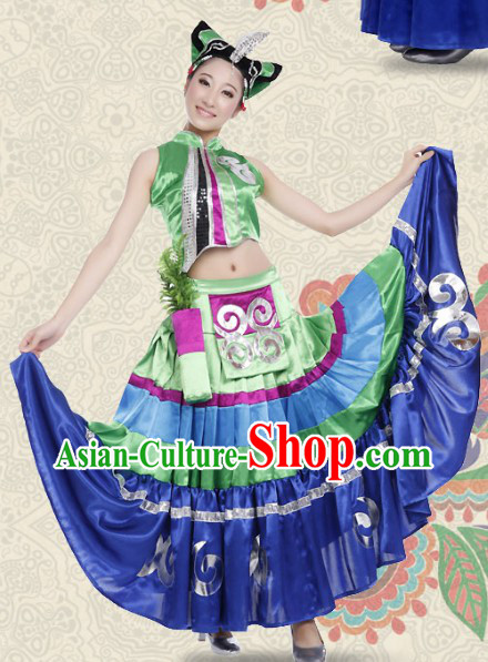 Light Green Chinese Yi People Clothes and Headwear for Women