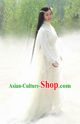 Ancient Chinese Princess White Costumes and Headwear for Women