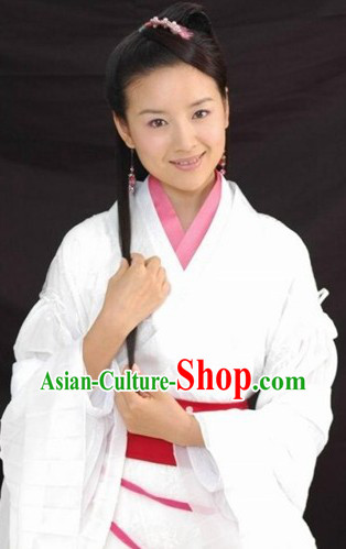 Ancient Chinese White Hanfu Costumes and Headwear for Women