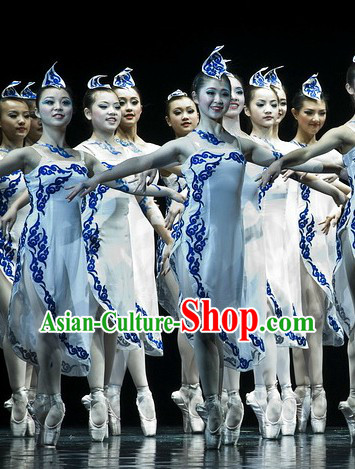 Stage Performance Classical Dance Costumes and Hat Complete Set for Women