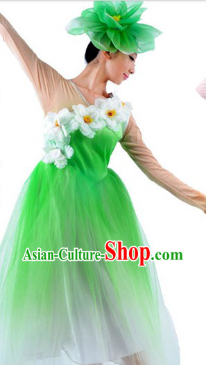 Traditional Nature Dance Clothes and Headwear for Women