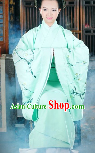 Traditional Ancient Chinese Light Green Plum Blossom Clothes for Women