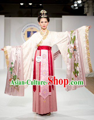 Traditional Chinese Woen's Clothes
