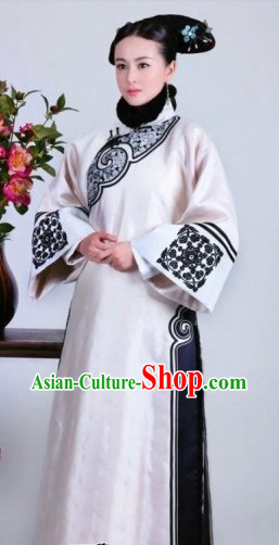 White Qing Dynasty Imperial Palace Lady Outfit for Women