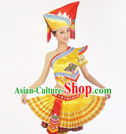 Traditional Chinese Zhuang Ethnic Clothes and Headdress for Women