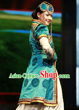 Chinese Traditional Mongolian Robe and Hat for Women