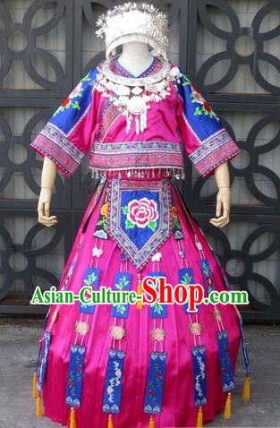 Chinese Miao Minority Singer Costumes and Silver Crown for Women