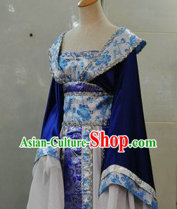 Ancient Chinese Long Trail Hanfu Clothing for Women