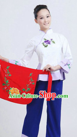 Chinese Folk Yangge Dancing Costumes and Headpiece for Women